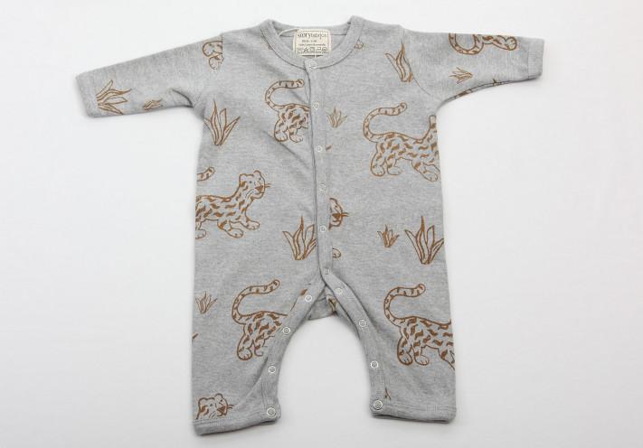 BABY STRAMPLER mit Geparden