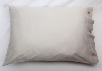 PILLOW CASE SATEEN Beige-Grey with coconut buttons - Limited Edition